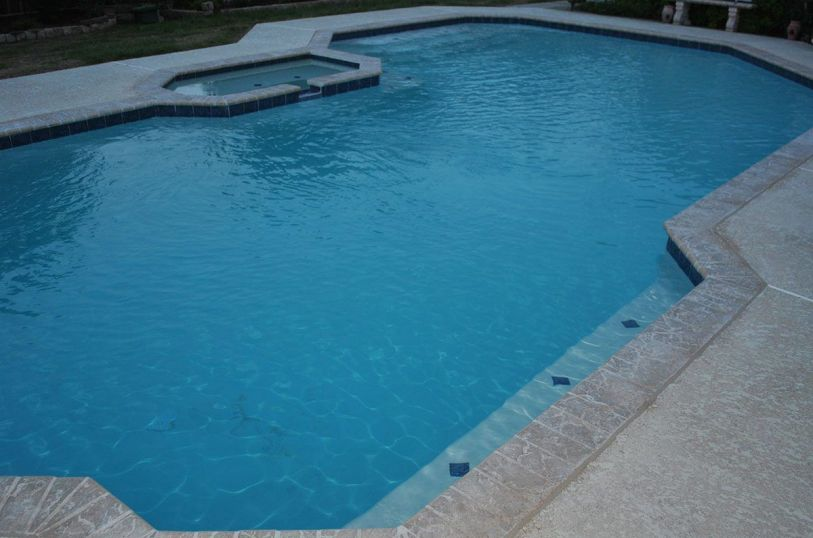 Inground swimming pools in Ovilla