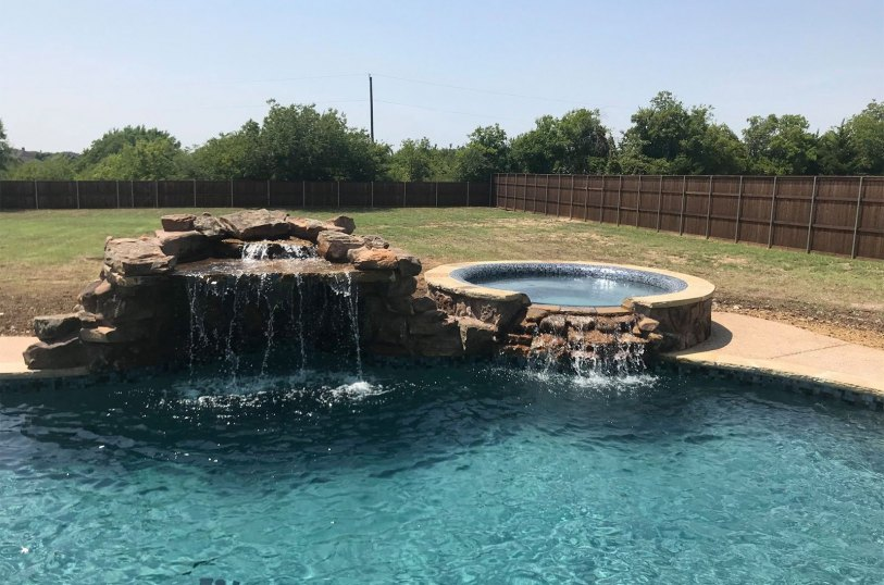 Waterfall installation in Red Oak, TX