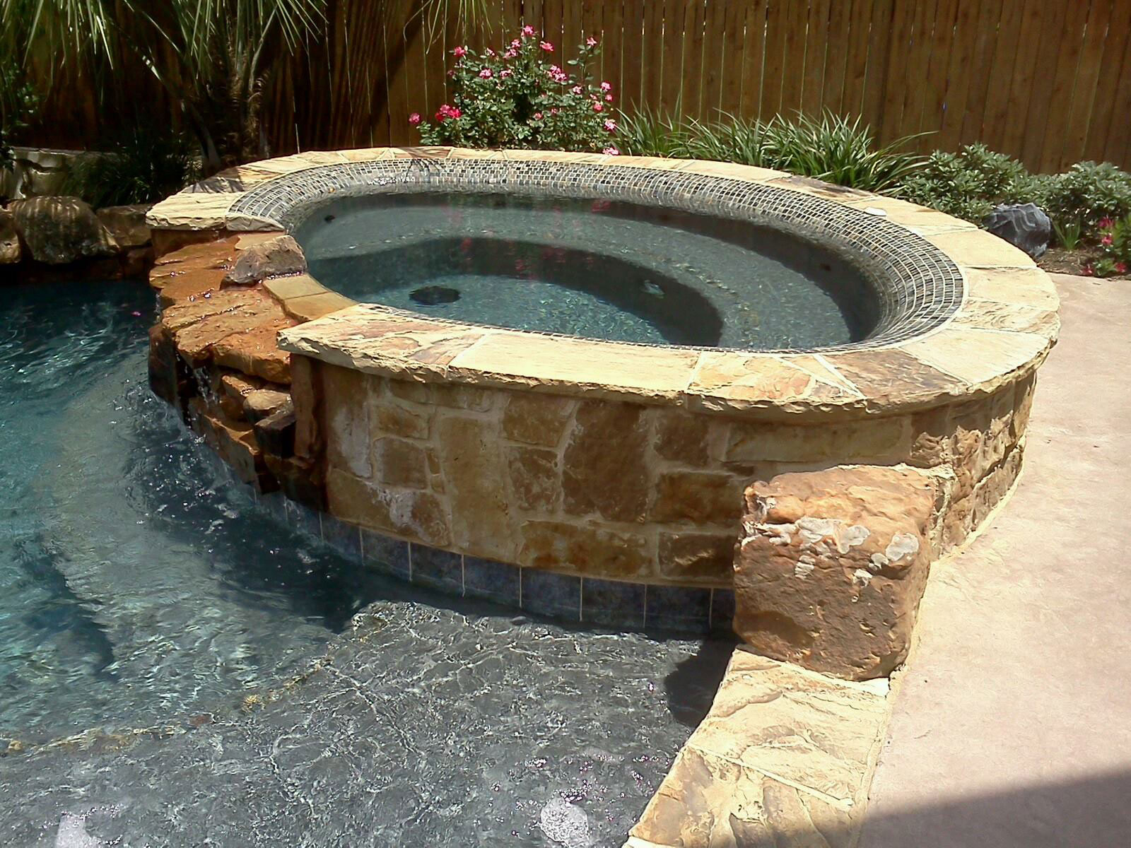 Pool waterfall installation in Glen Heights, TX