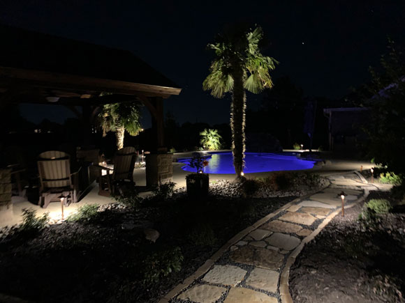 Pool builder in Ovilla for outdoor lighting for inground pools